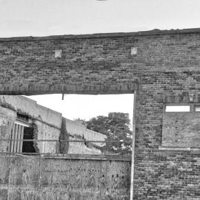 Abandoned – Monochrome MadnessChallenge