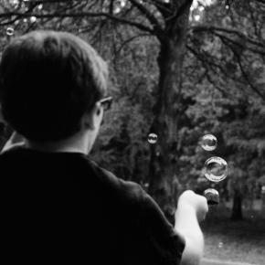 Bubbles — Monochrome MadnessChallenge