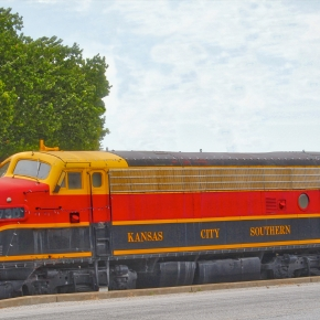 Kansas City Southern Engine