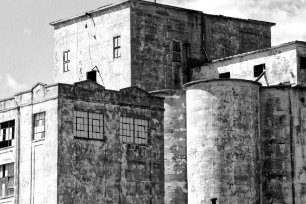 oldflourfactory_bnw_lindajamesphotography__