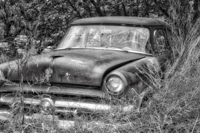 Old Car (BW)